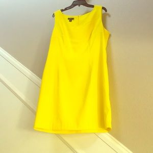 Yellow Sheath dress.